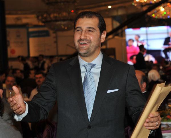 ابن خال الرئيس بشار الأسد رامي مخلوف يسيطر على %60 من اقتصاد سوريا