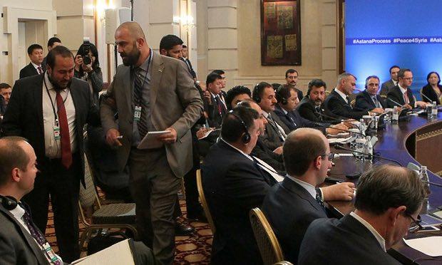 نشرة أخبار سوريا- أستانا 4 يختتم أعماله بتوقيع مذكرة روسية، و وفد المعارضة يؤكد أنه ليس طرفاً في اتفاق