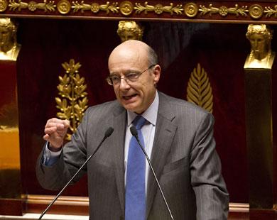 باريس تتهم دمشق باستهداف جنودها