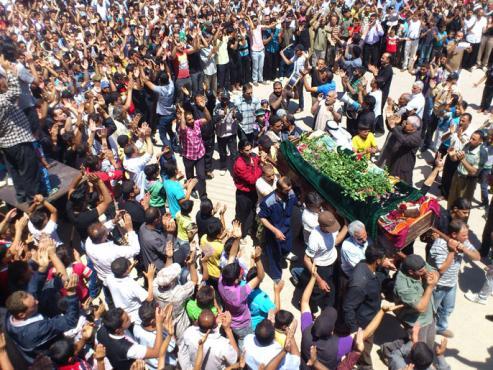 إدانة أممية للاعتداء على المراقبين بإدلب