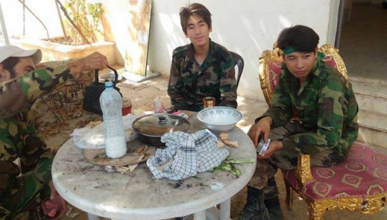 الأفغان في سورية.. جنود