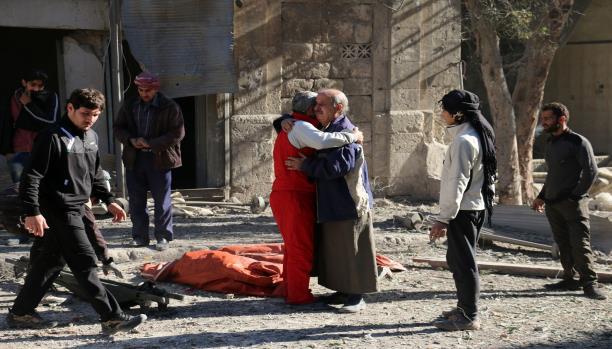 نظام الأسد يتمسك بإبادة حلب... والمعارضة ترفض تجزئة الحلول