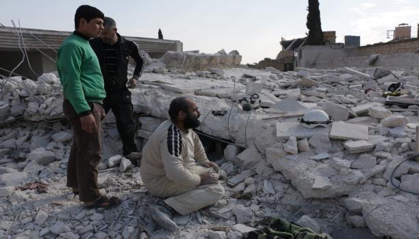 الشبكة السورية: روسيا استهدفت 27 منشأة ومركزاً طبياً في سورية