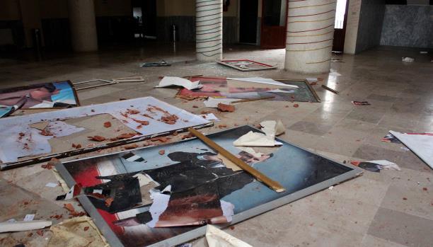 حاضنة الأسد تترنّح: استغاثة برفعت!