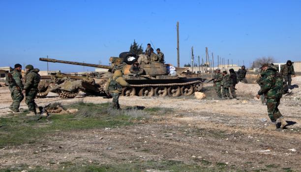قوات النظام تواصل تقدمها باتجاه معبر التنف وتسيطر على نقاط جديدة