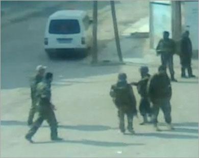 44 قتيلا بسوريا وحملات اعتقال