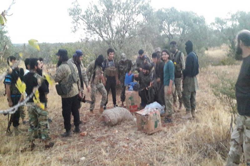 إلقاء القبض على عصابة تهريب مواد غذائية وبضائع لبلدتي كفريا والفوعة بريف إدلب