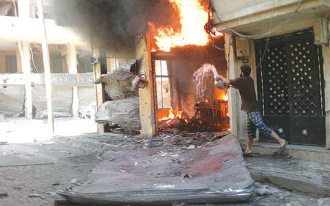 سوريا: النظام يحرق جبل الأكراد.. ومخاض صعب في مؤتمر المعارضة