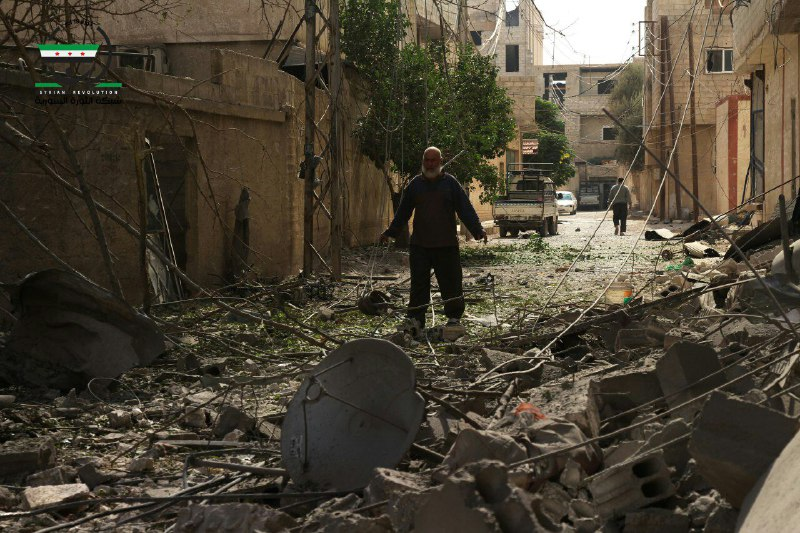 نشرة أخبار سوريا- فصائل «الغوطة الشرقية» توافق مبدئياً على مبادرة «جيش الإنقاذ الوطني»، وجيش الإسلام يتهم فيلق الرحمن بالتصعيد -(10-11-2016)