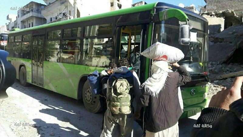 نشرة أخبار سوريا- وصول 51 حافلة من مهجري حلب إلى الريف الغربي، ومقتل السفير الروسي في أنقرة نتيجة تعرضه لهجوم مسلح -(19-12-2016)