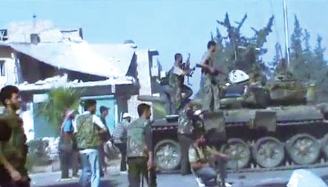 دمشق ترفض عرض تنحي الأسد.. وتلوح بالسلاح الكيماوي