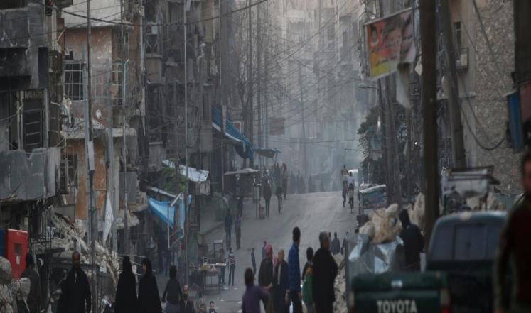المؤن الغذائية تنفد من حلب ومعاناة النازحين تتفاقم