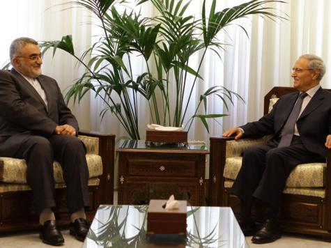مصر تسعى لاجتماع إقليمي والأسد يتحدى