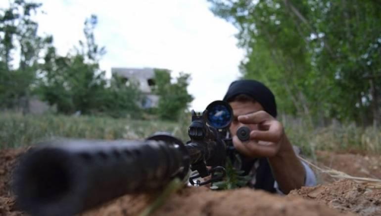 نشرة أخبار سوريا- دار العدل في حوران تشد على أيدي الثوار لقتال أتباع تنظيم الدولة، ومحمد علوش يتهم النظام برفض الحل السياسي ويطالب بـ
