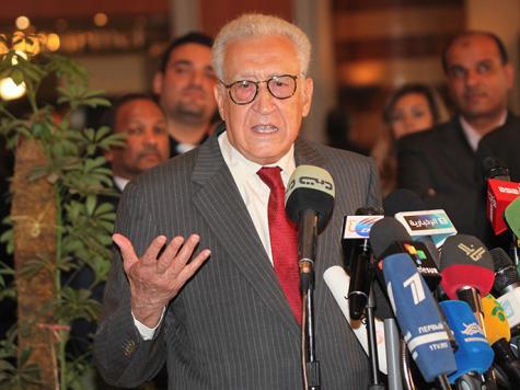 اجتماع بالقاهرة والإبراهيمي يغادر دمشق