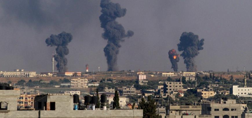 تقرير يوثق إلقاء مروحيات النظام 412 برميلاً متفجراً على مدن سورية خلال أيار الماضي