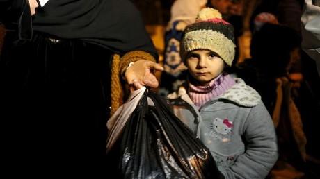 تقرير يكشف كذب الأمم المتحدة حول المناطق المحاصرة: ٤٦ منطقة محاصرة وحوالي مليوني إنسان بداخلها