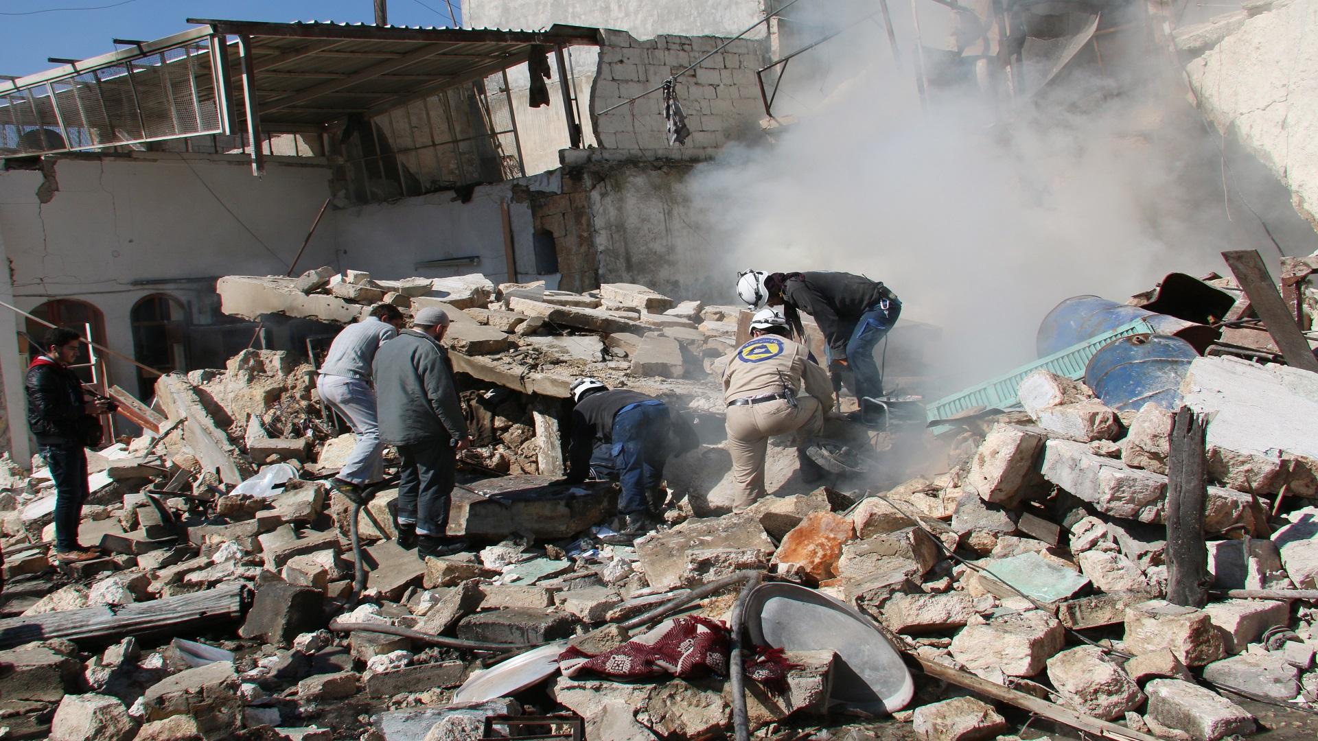 نشرة أخبار سوريا- روسيا تعلن هدنة (إنسانية) في حلب لمدة 10 ساعات تبدأ من صباح الجمعة، وتطالب