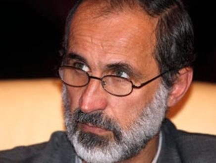إعلان الخطيب استعداده للحوار مع ممثلين عن الأسد يثير ردودا حادة