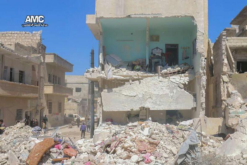 الطيران الروسي يصعد قصفه على ريف حلب.. أكثر من 30 غارة منذ الصباح