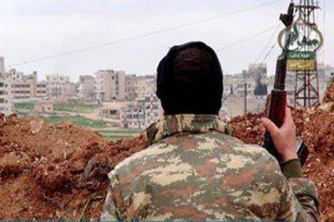 أخبار سوريا-جيش الفتح يسيطر على حرش وتلة مصيبين ويصبح قاب قوسين أو أدنى من معسكر المسطومة وقوات الأسد تنسحب بشكل جماعي من معارك إدلب-(28-4- 2015)