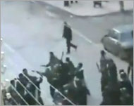91 قتيلا ومجالس عسكرية بدمشق وحلب