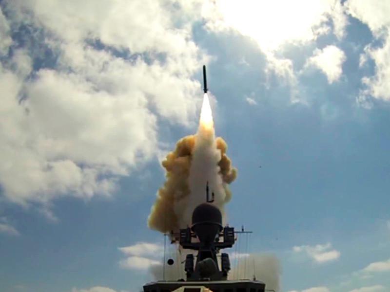روسيا تستهدف تنظيم الدولة في دير الزور من عمق المتوسط