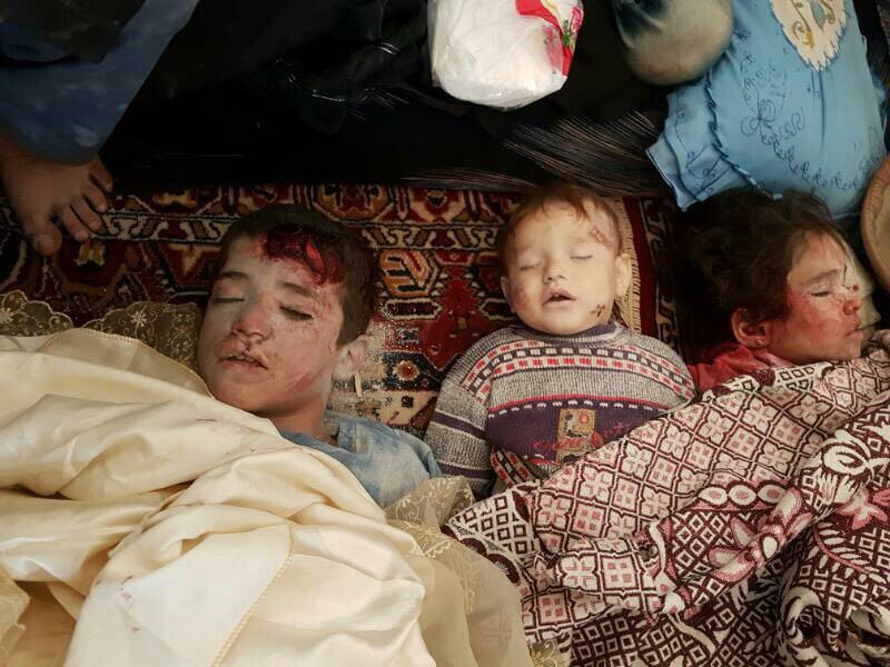 9 أطفال من عائلة واحدة.. ضحايا مجزرة مروعة للطيران الروسي في معرة حرمة بريف إدلب