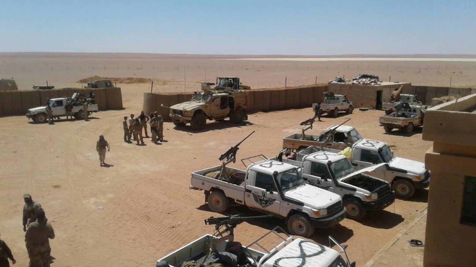جيش مغاوير الثورة ينسحب من قاعدة الزكف في البادية السورية