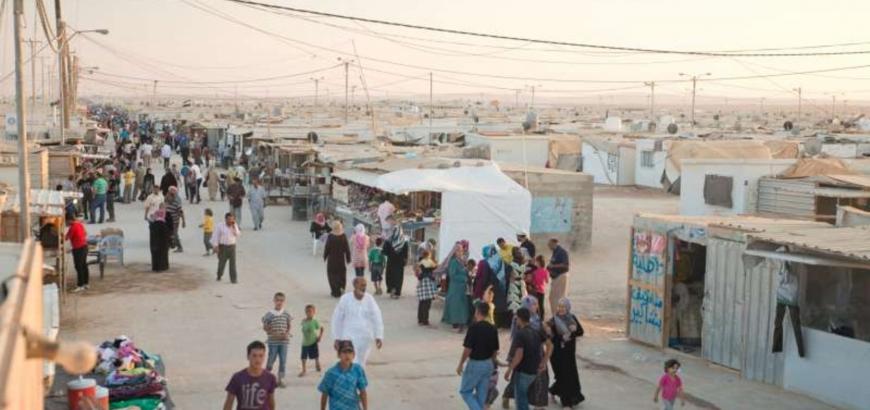 الأردن: لم نعد قادرين على تحمل أزمة اللاجئين السوريين.. ولبنان: يجب استقبالهم فوق أراضيهم