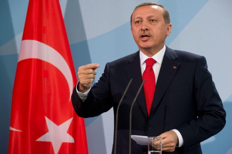 أردوغان يطالب الميليشيات الكردية بمغادرة مدينة منبج