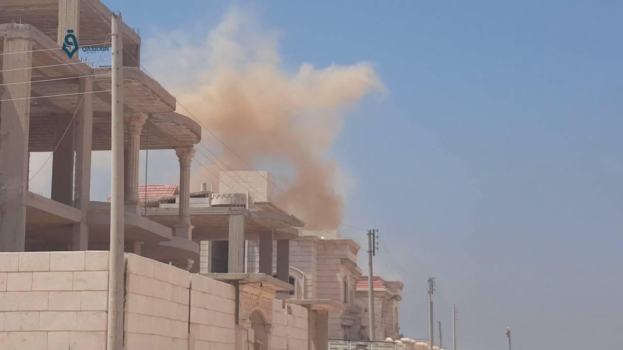 نتيجة القصف الروسي الكثيف.. تعليق الدوام في مدارس ريف حلب الغربي