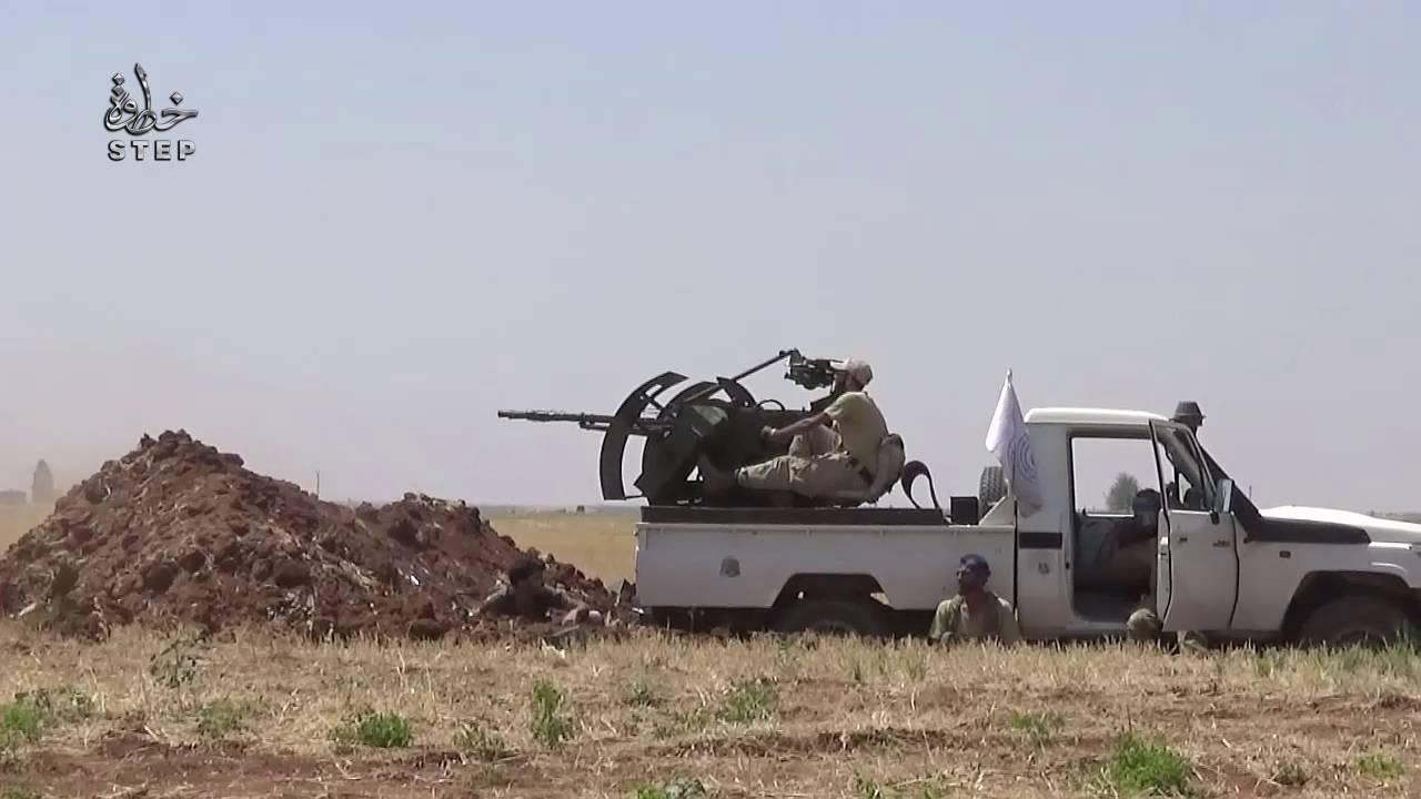 500 عائلية تنزح من مناطق تنظيم الدولة باتجاه المناطق المحررة