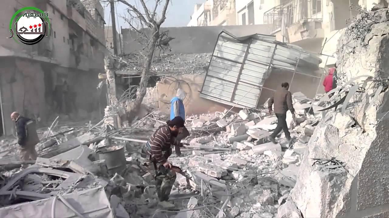 99 قتيلاً يوم أمس الخميس بقصف الطيران الروسي الأسدي