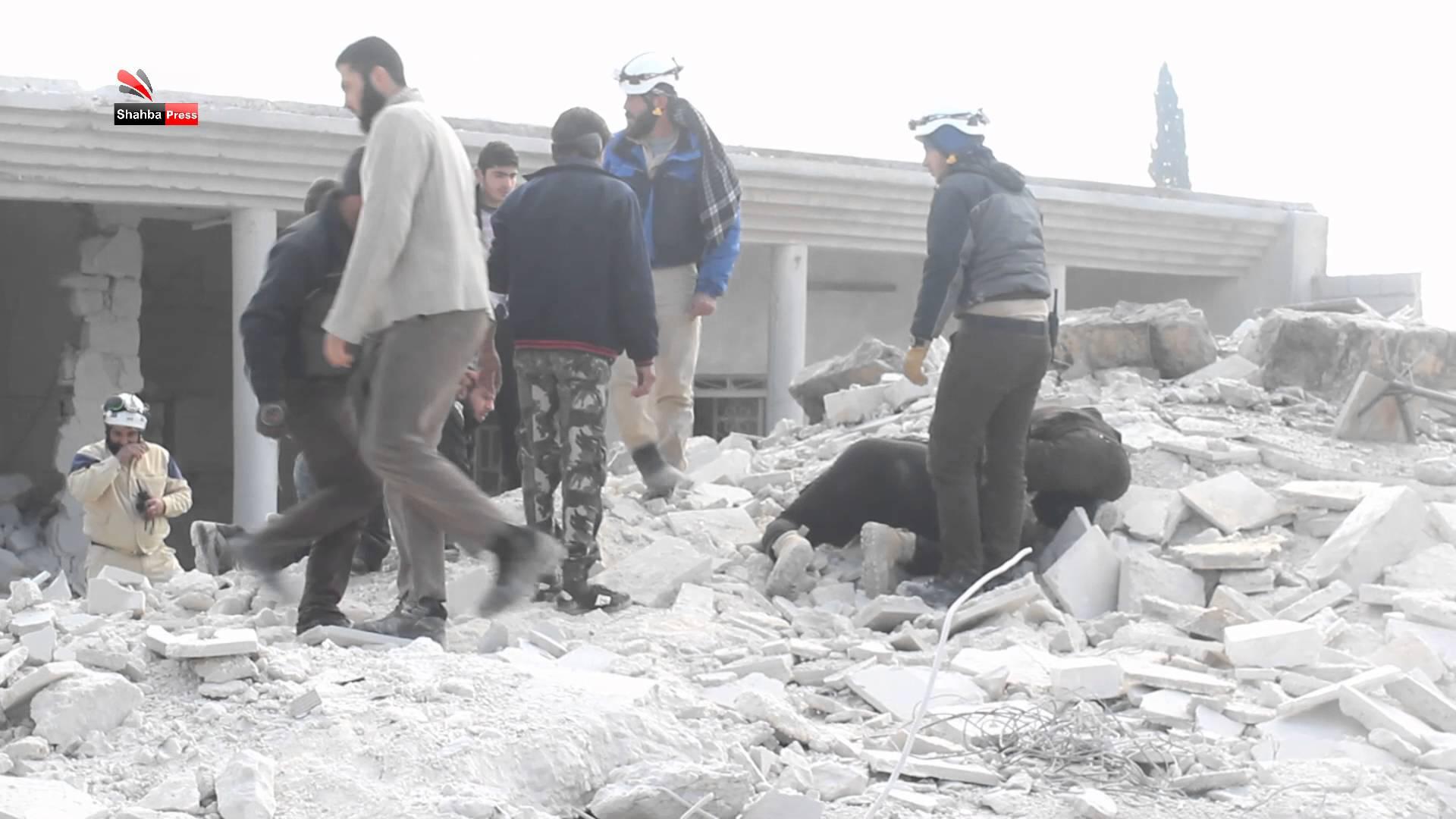 نشرة أخبار سوريا- أكثر من 250 غارة جوية من الطيران الروسي الأسدي على حلب وريفها، ومقتل قائد عمليات قوات النظام في بلدة الزارة بريف حماة -(16-8-2016)