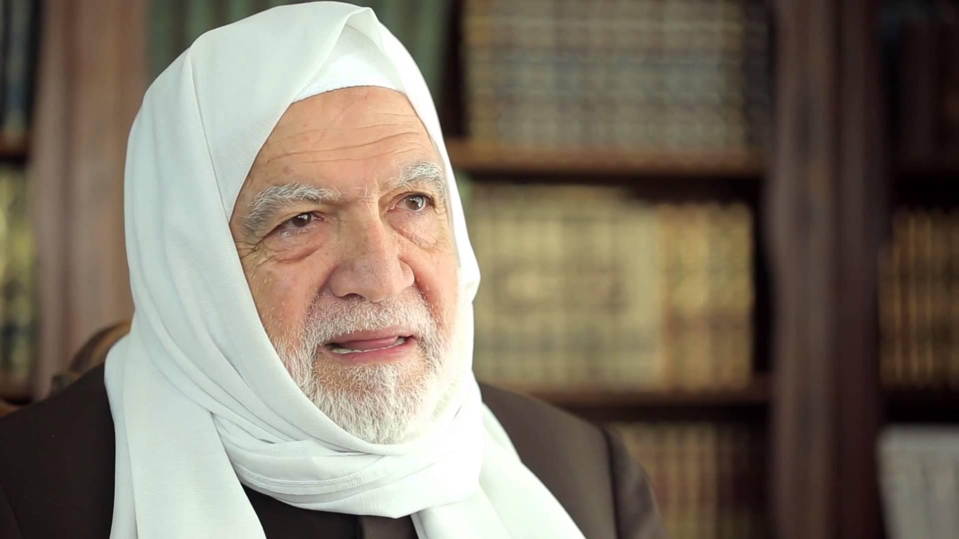 رئيس المجلس الإسلامي السوري: يطالب بمد الثورة السورية بكافة أشكال الدعم المادي والمعنوي بدلاً من المقاتلين
