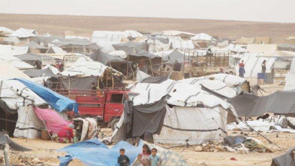 مصادر تنفي وقوع انفجار في مخيم الركبان الحدودي