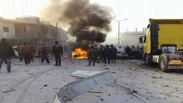 من جديد.. الطيران الحربي يستهدف خان شيخون بـ 5 غارات جوية